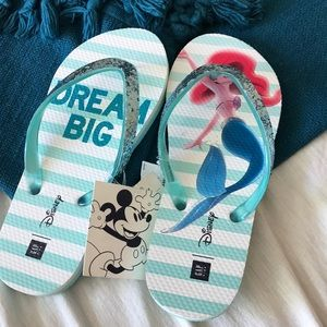 GAP kids Little Mermaid Flip Flops size 1/2 NWT